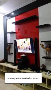 BACKDROP TV IBU ASTRI BMW